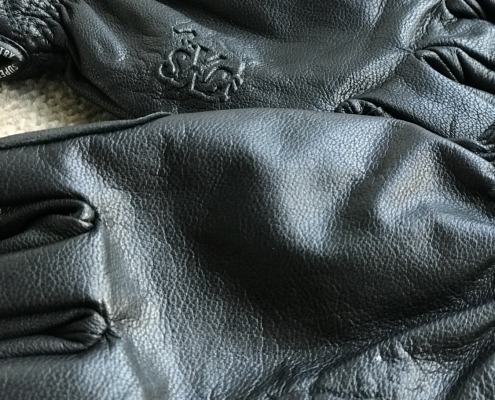 Super X Country's Timeless Gloves